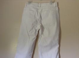 Lee Riveted Ultimate 5 White Capri Pants Size 8M image 6