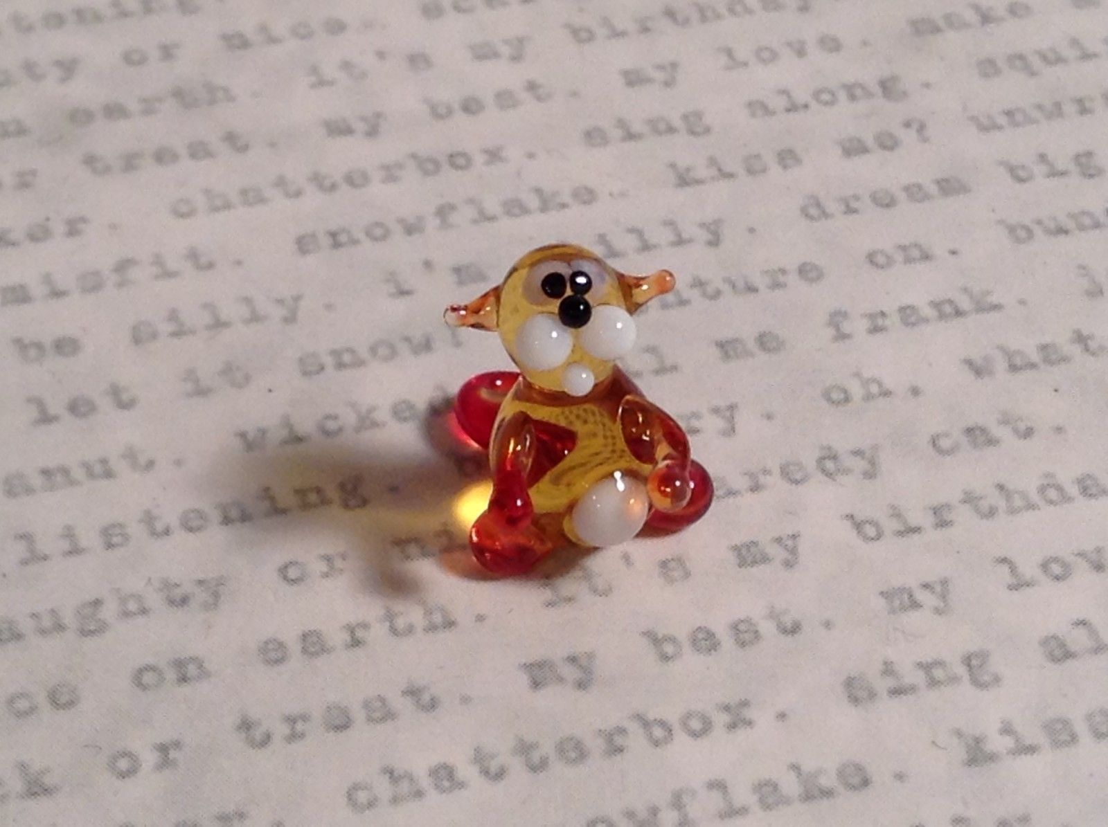 Micro miniature small hand blown glass tiny amber red cat  USA made