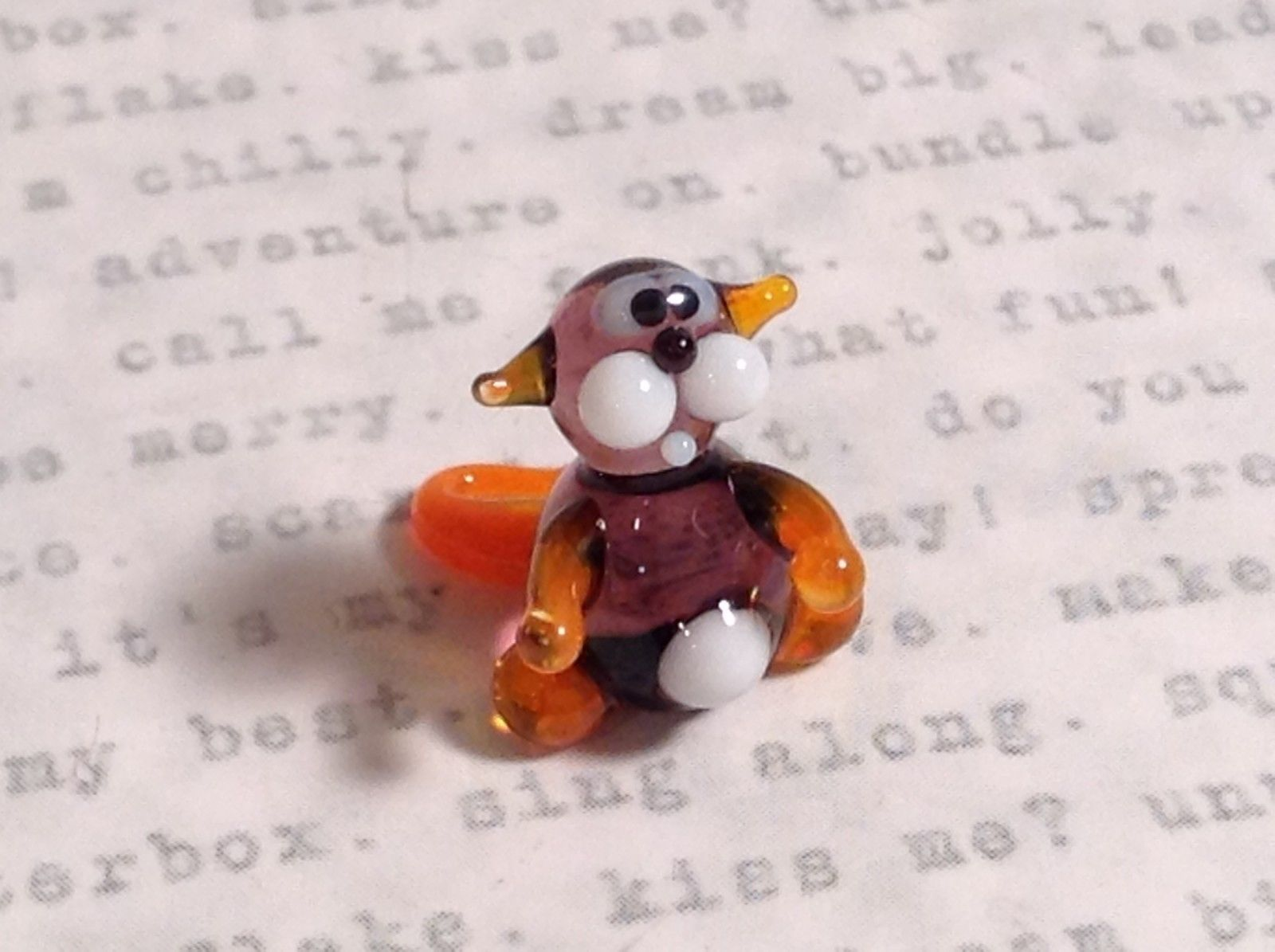 Micro miniature small hand blown glass tiny violet orange cat  USA made