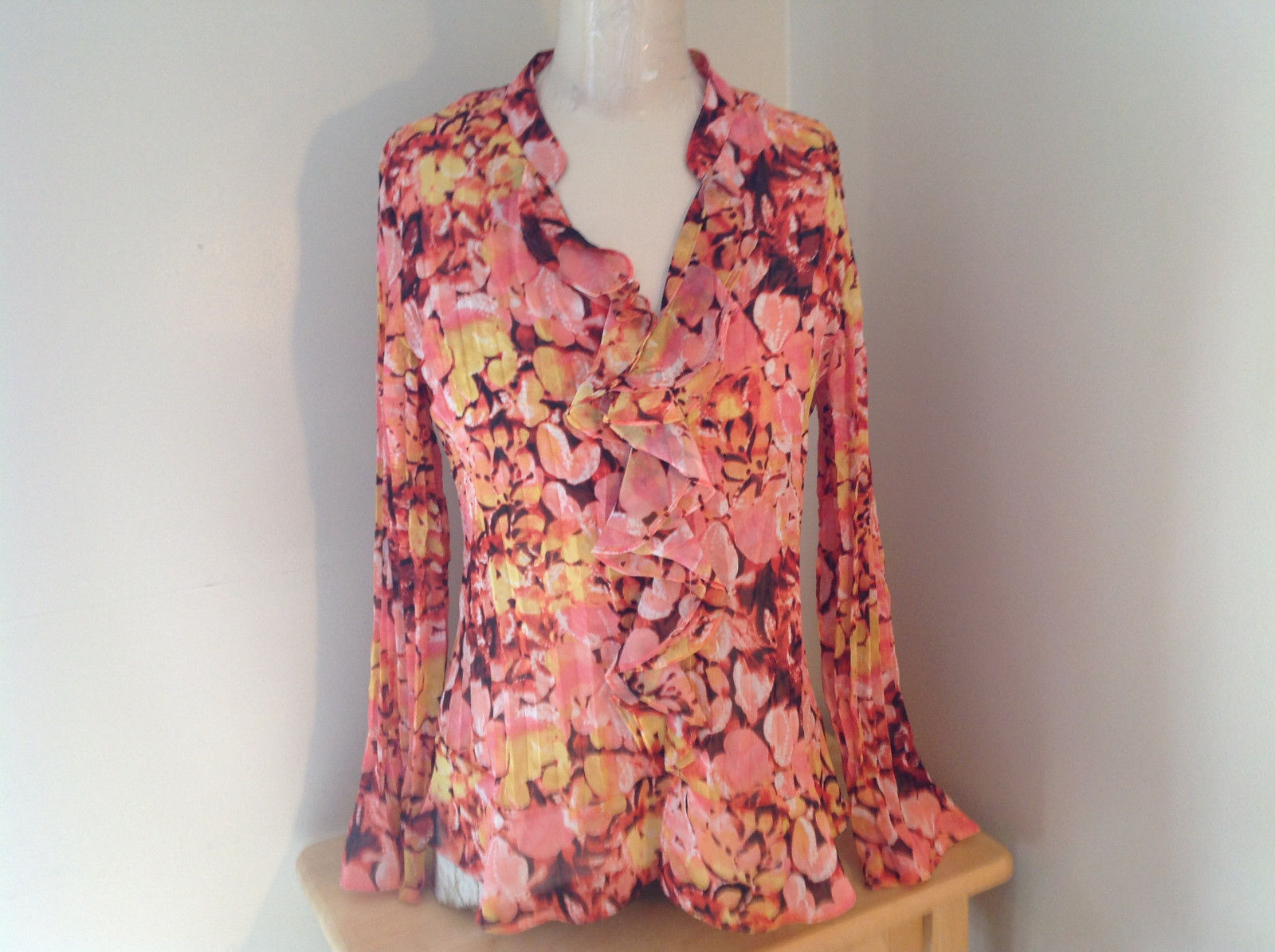 Pink Yellow Flower Pleated Ruffled Long Sleeve Shirt Style and Company Size 8