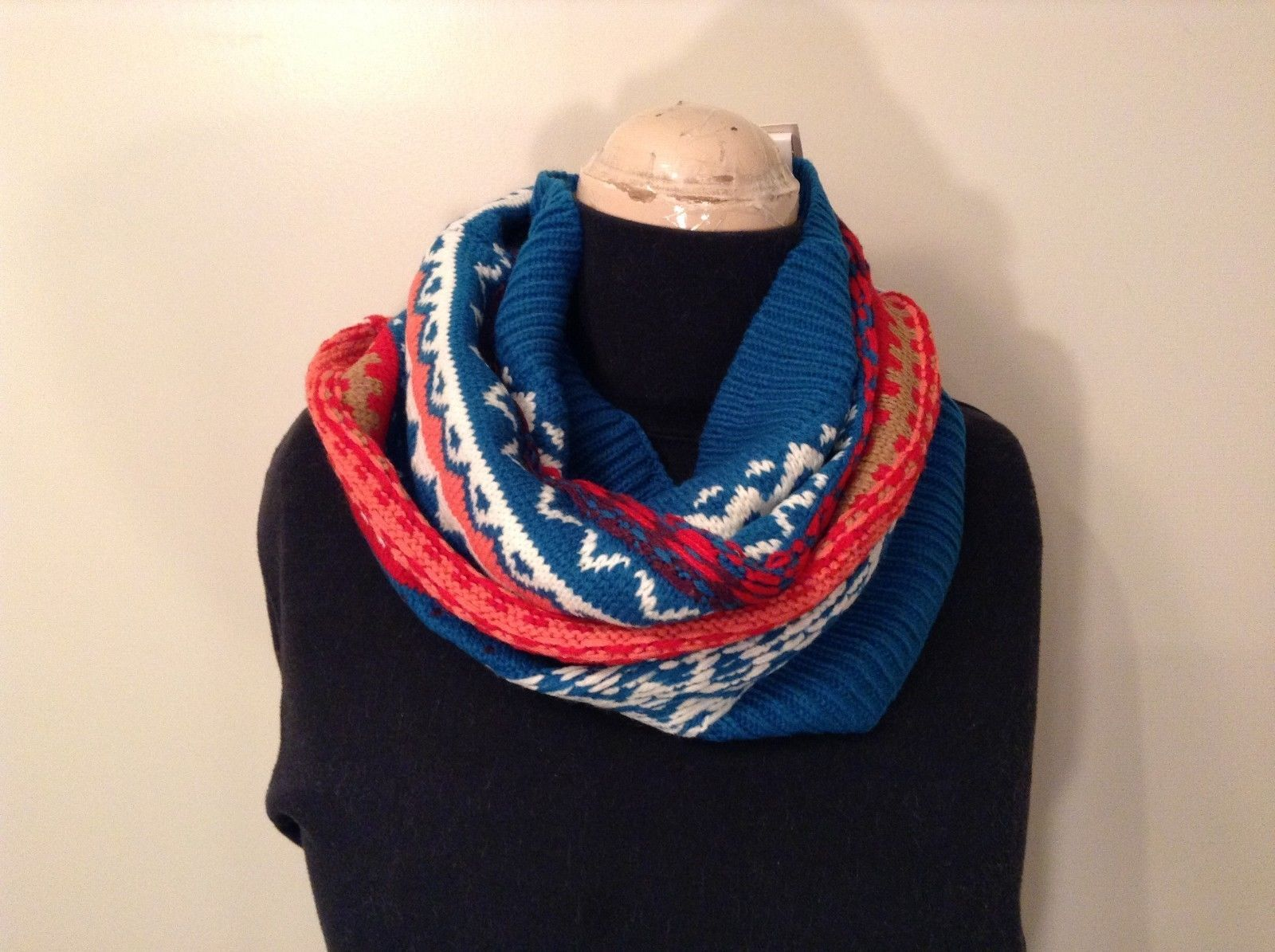 Mini Nordic infinity scarf hood warm cozy color choice blue orange green pink