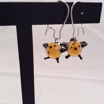 Miniature small hand blown glass made USA NIB orange black bird  earrings
