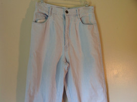 Light Blue Bill Blass 100 Percent Cotton Jeans Size 8 Front and Back Pockets image 2