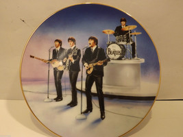 Mint Delphi Beatles Plate Beatles Live in Concert 1st  Apple Corps collection