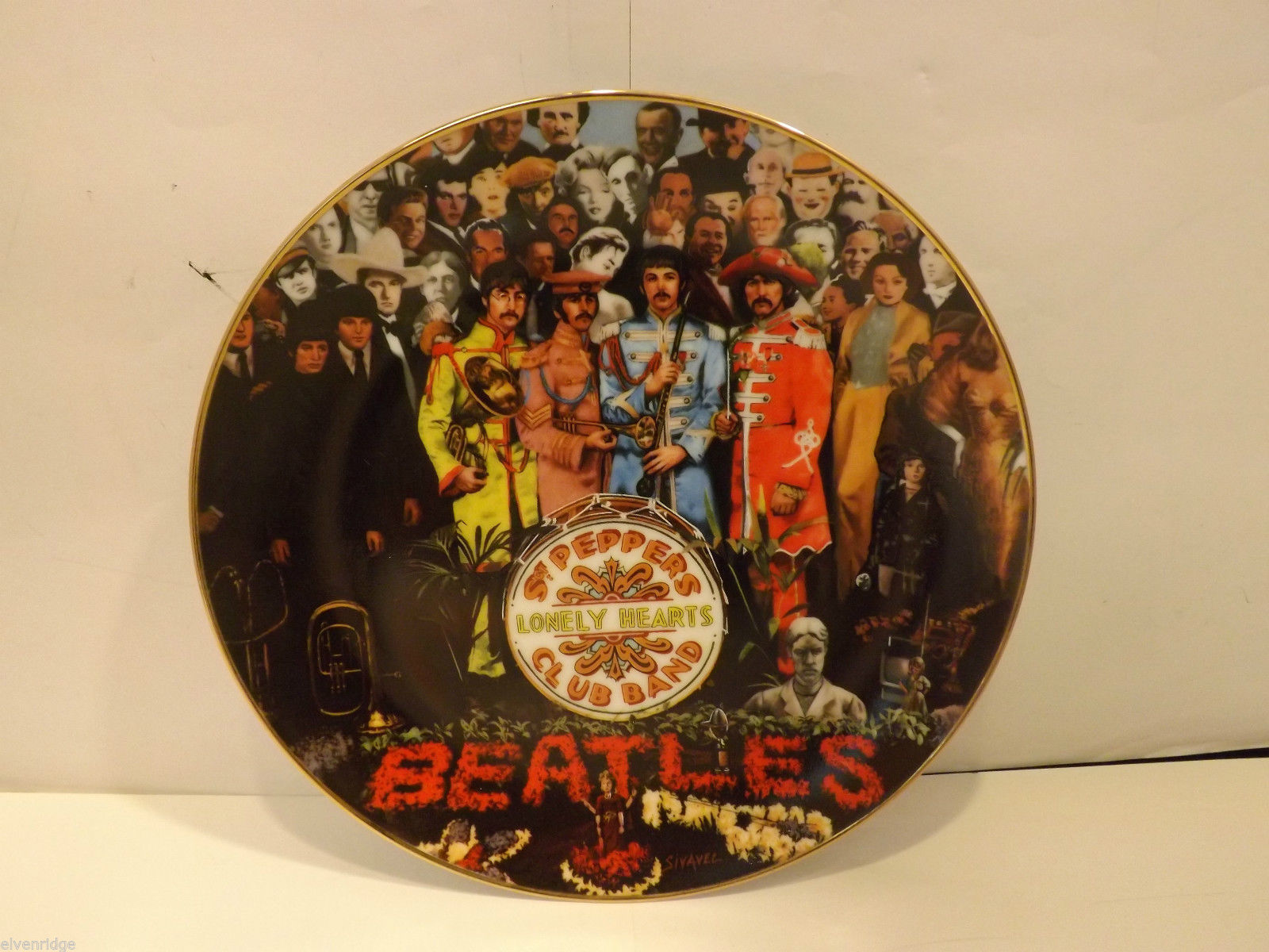 Mint Delphi Beatles Plate Sgt. Pepper 25th Anniversary Apple Corps collection