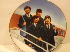 Mint Delphi Beatles Plate Hello America 2nd  Issue in the Apple Corps collection