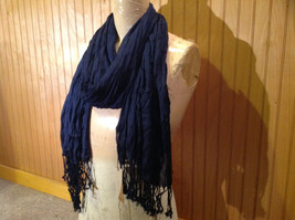 Navy Scrunched Style Silk Blend Fashion Scarf by Look Tasseled TAGS ATTACHED image 2