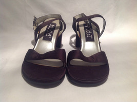 Mudd Heels Dark Purple Open Toe and Heel Size 6.5 M Wide Heel