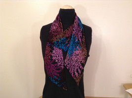 Multicolored Floral Fashionable Scarf New with Tags Reversible Magic Scarf