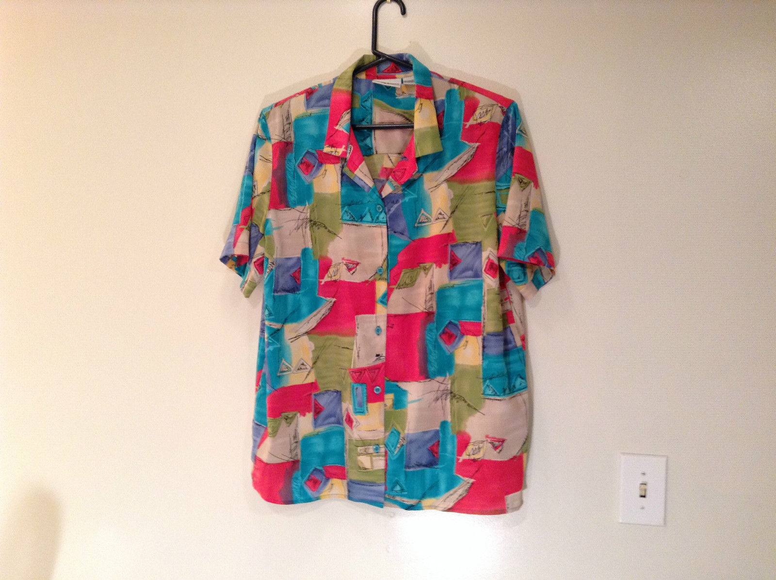 Multicolored Pattern Alfred Dunner Short Sleeve Button Up Shirt Size 18W