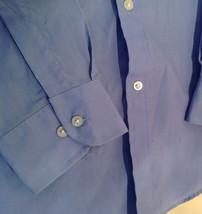 Light Blue Van Heusen Collared Button Up Dress Shirt Pocket on Chest Size 16 image 2