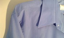 Light Blue Van Heusen Collared Button Up Dress Shirt Pocket on Chest Size 16 image 6