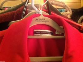 Amanda Smith Size 6 Red fitted suede jacket. image 4