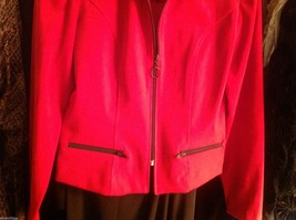 Amanda Smith Size 6 Red fitted suede jacket. image 5
