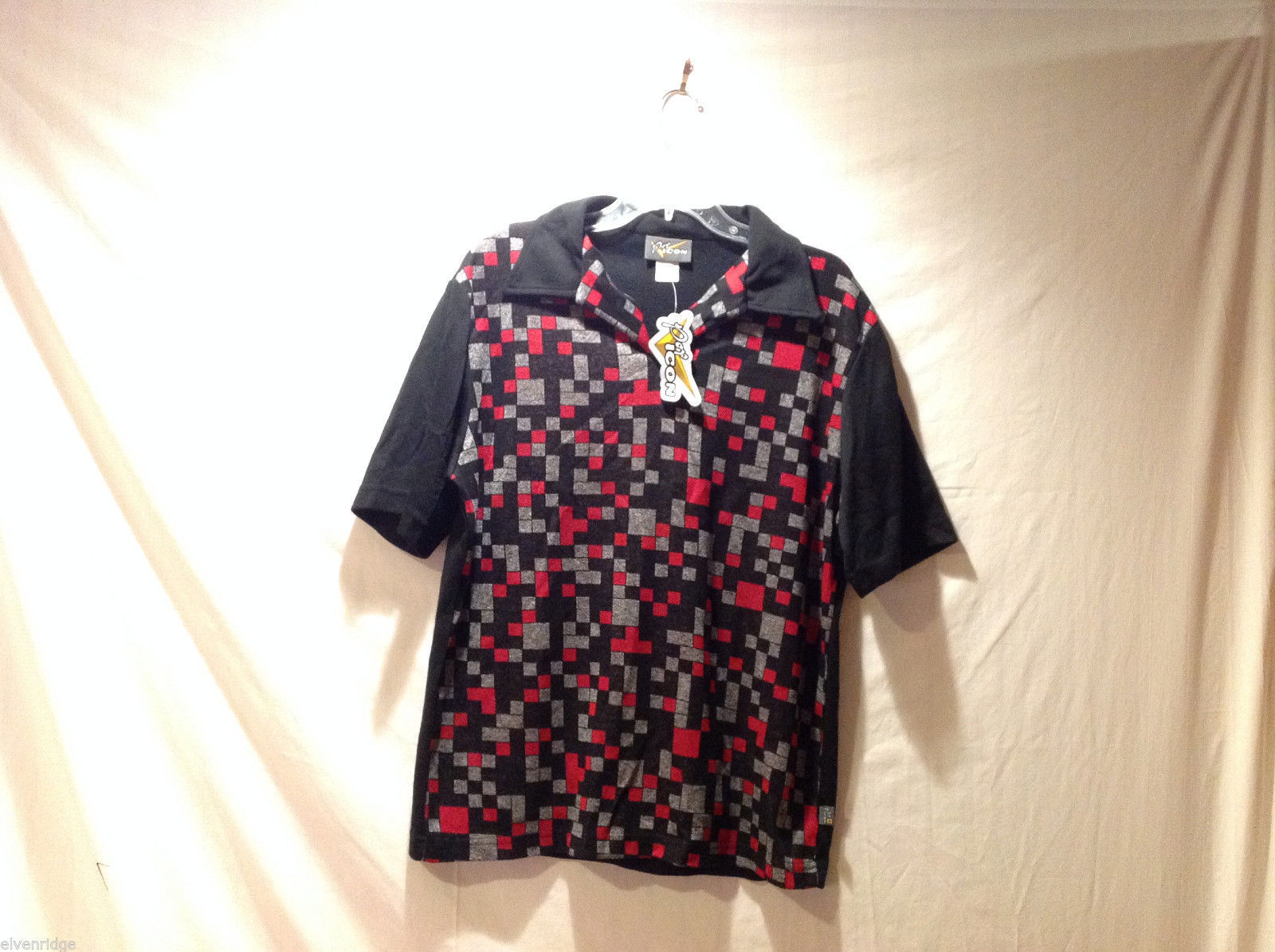 Pop Icon Black Polo Shirt with Front Red Gray Cube Pattern 100% Acrylic, Size XL