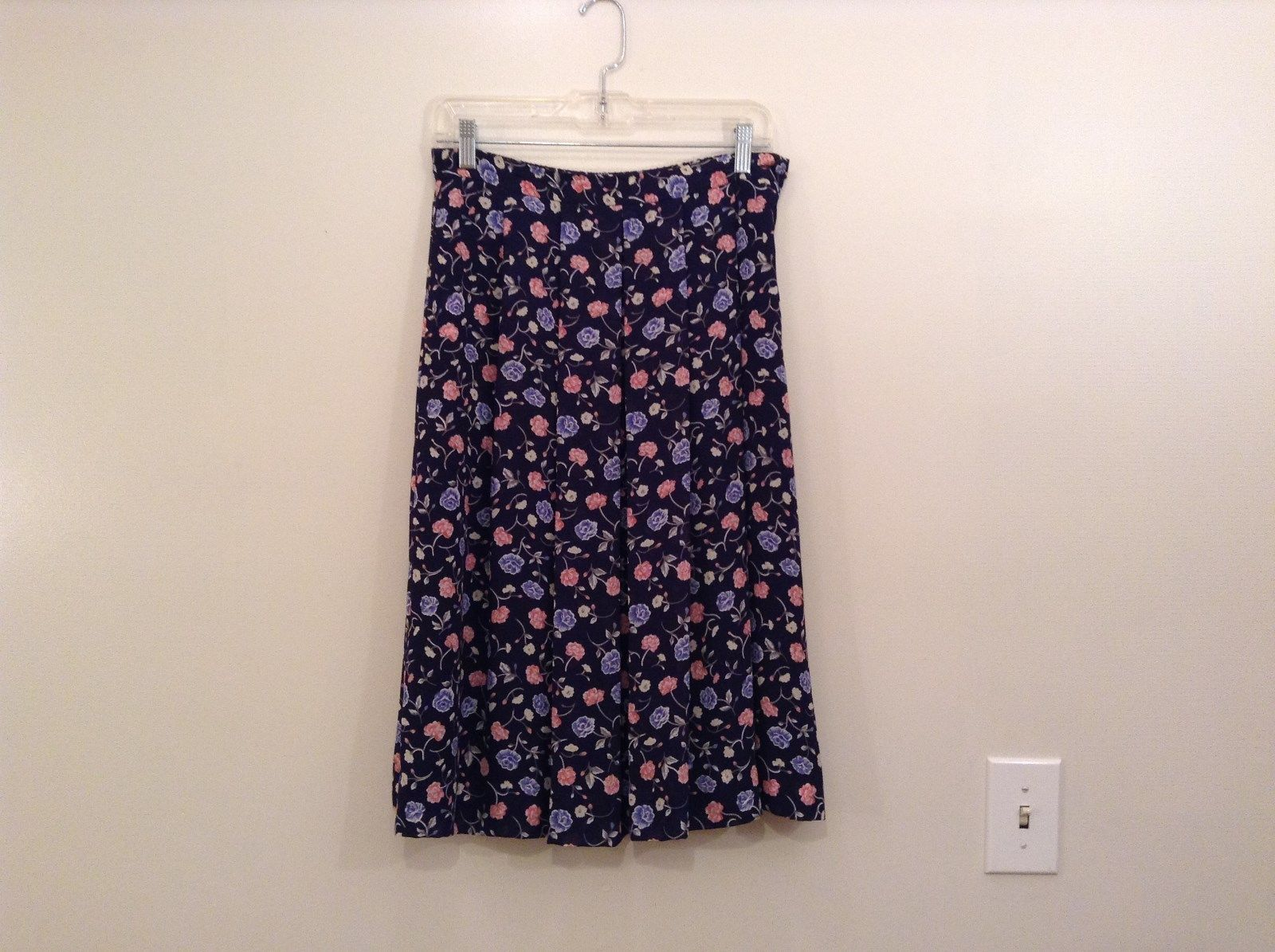 Navy Blue with Blue and Pink Flowers Lined Skirt Talbots Elastic Waist Size 10