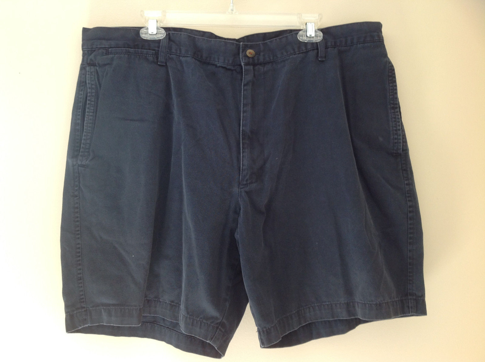 Navy Khaki Shorts by Dockers Four Pockets Button and Zipper Closure Size 42