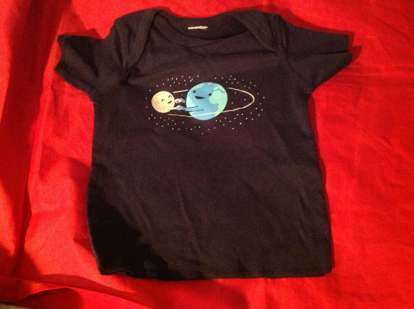 New Kids Threadless Short Sleeve Blue Shirt World & Moon Size 18 Months