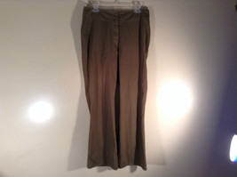 Newport News Easy Style 100 Percent Cotton Size 12 Olive Colored Pants