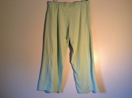 Light Green Comfortable Capri Pants by Green Source Elastic Waist No Size Tag image 6