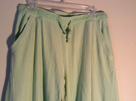 Light Green Comfortable Capri Pants by Green Source Elastic Waist No Size Tag image 3