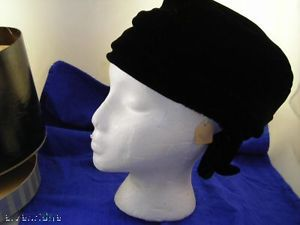 Norman Durand vintage black felt  Ladies Hat in box