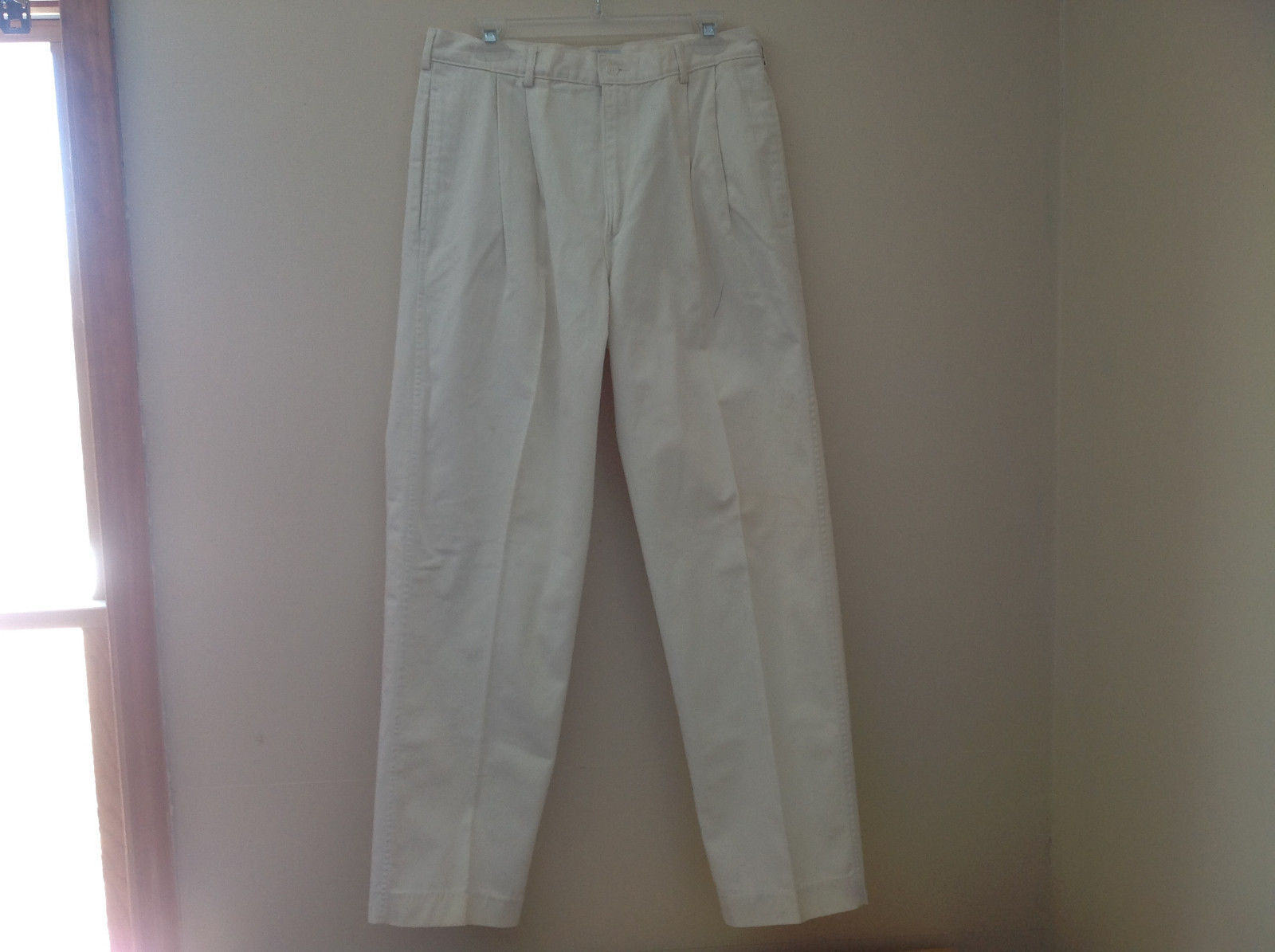 Off White Four Pocket Dress Pants Button and Zipper Front Pleated J. Peterman Co