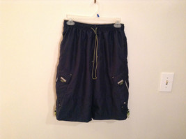 OTB Surf Size Large 14 to 16 Regular Shorts Lots of  Pockets Elastic Waist