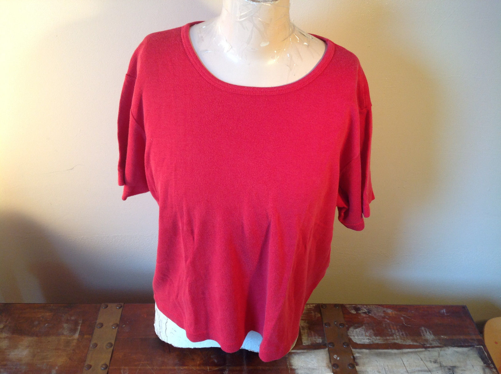 Pretty Red Short Sleeve Top Loose Crew Neck by Venezia Jeans Size 18 to 20