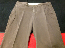 Old Navy Ladies Long Brown Pants  97% Cotton 3% Spandex Made in India Size 8P