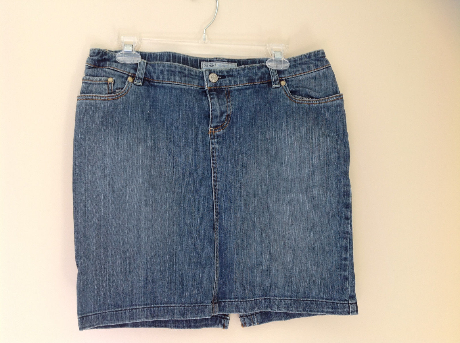 Old Navy Maternity Mid Thigh Jean Skirt Front and Back Pockets Size Small