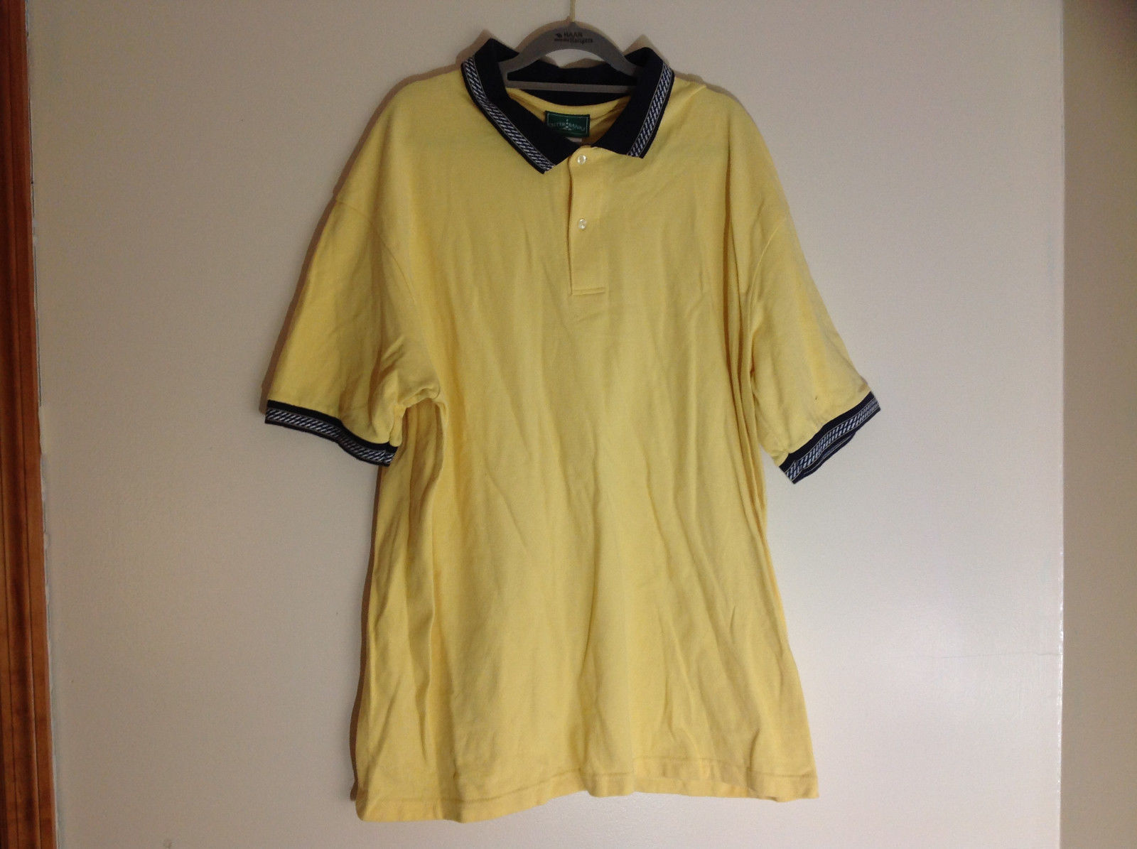 Outer Banks Yellow Short Sleeved Polo Shirt 3 Buttons on Front Size XL