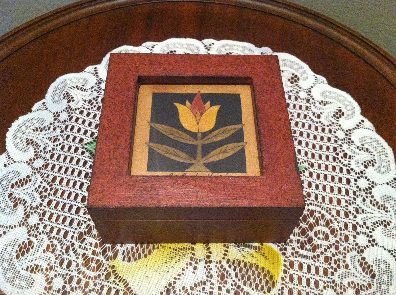 Paper Cutting Tulip Design Small Trinket Box