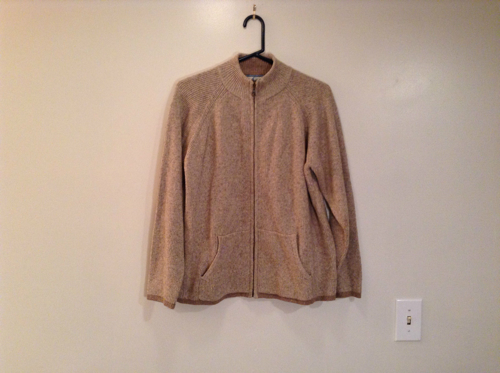 Pendleton Cream Tan Darker Trim Front Zipper Turtleneck Collar Sweater Size XL