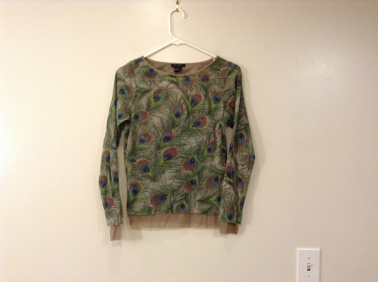 Peacock Feather Pattern The Limited Top Double Layers Green Beige Size Medium