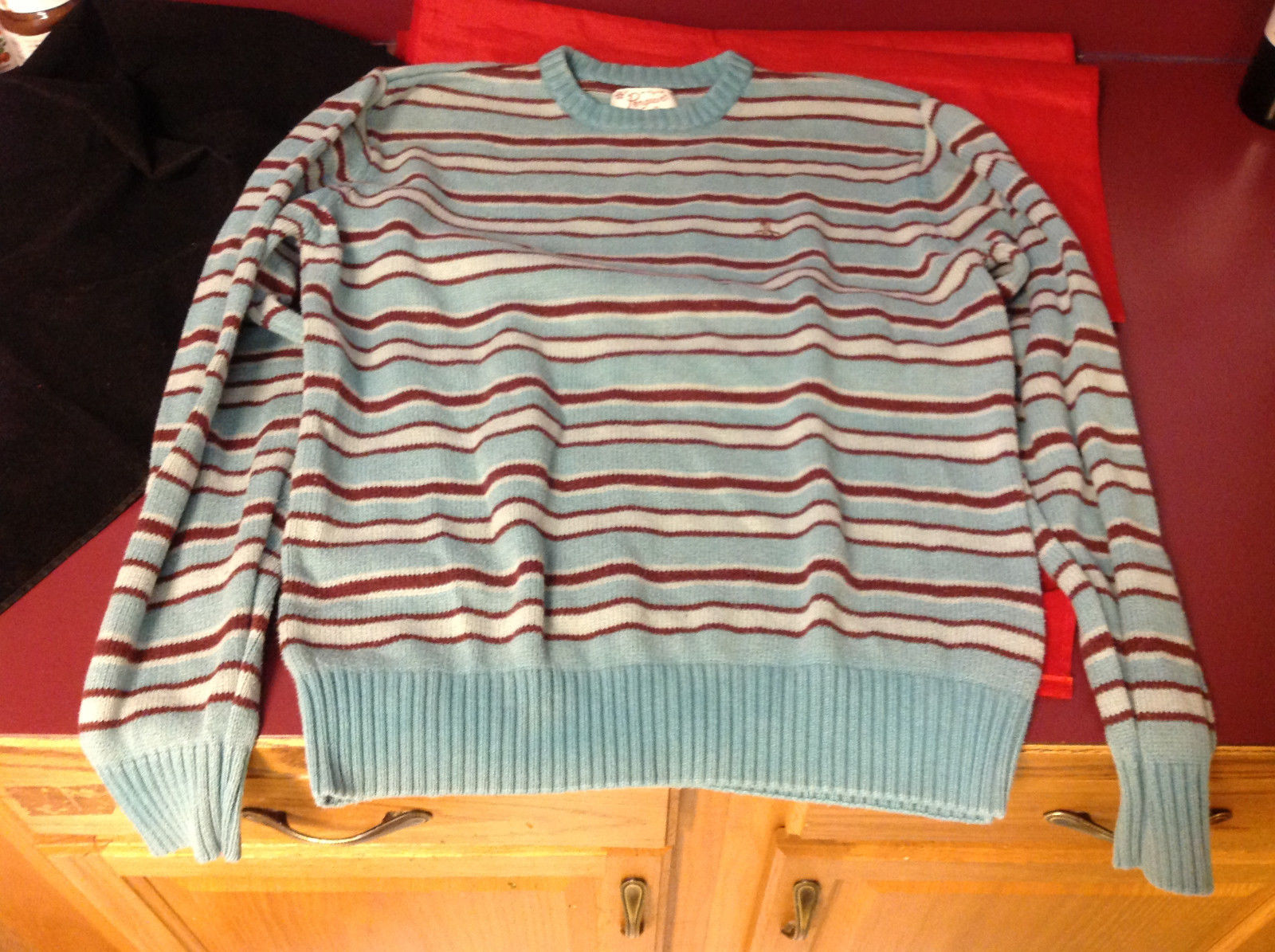 Penguin by Munsing Wear Brand Womens Light Blue Burgundy Striped Sweater size XL