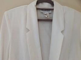 Liz Baker Womens white single button up blazer Size 10 image 2