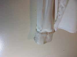 Liz Baker White Long Sleeve Button Up White Buttons Silky Feel Size 16 image 4