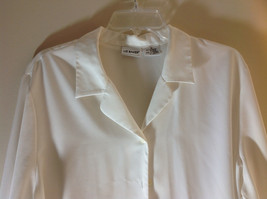 Liz Baker White Long Sleeve Button Up White Buttons Silky Feel Size 16 image 2