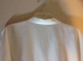Liz Baker White Long Sleeve Button Up White Buttons Silky Feel Size 16 image 7