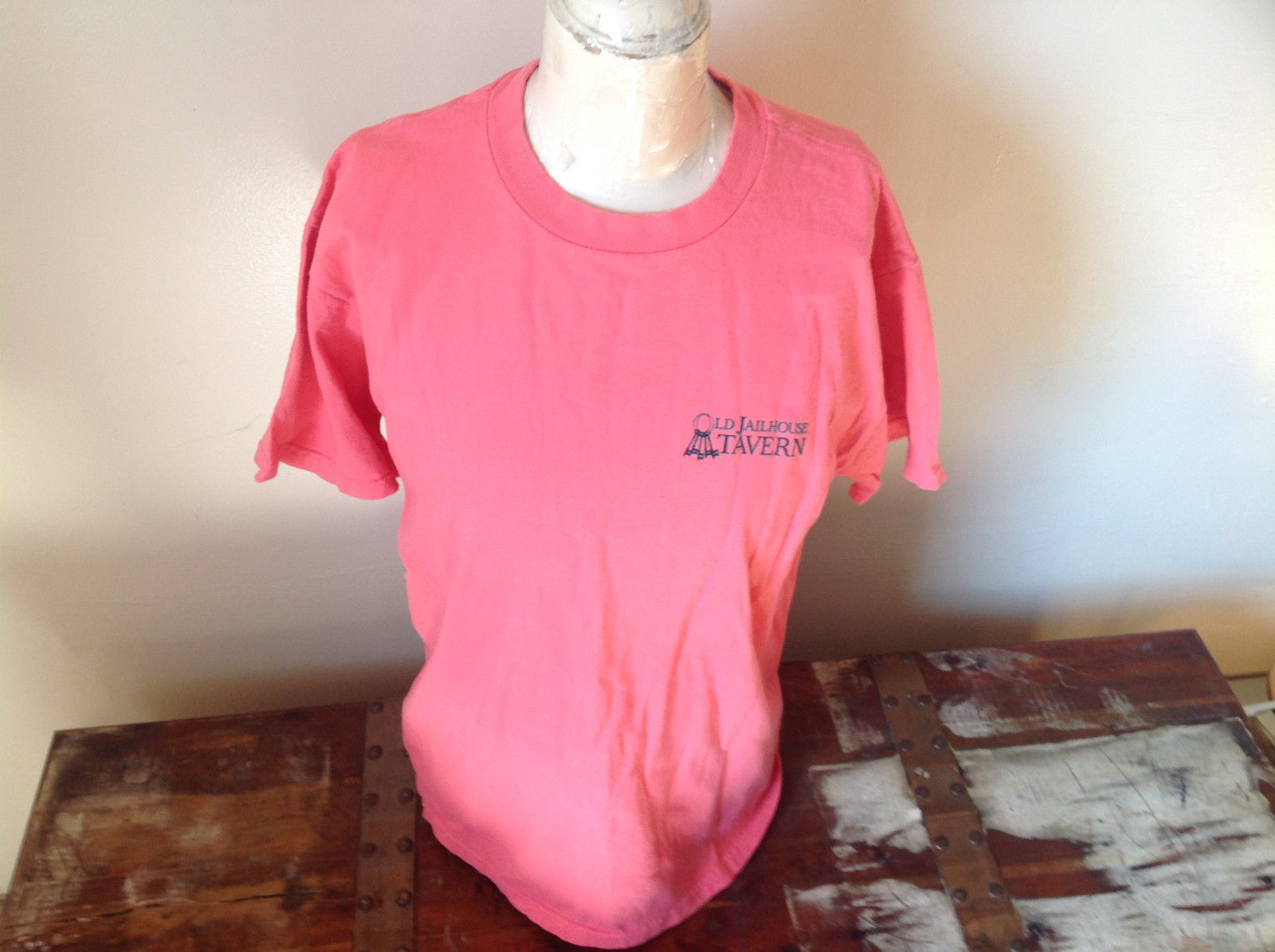 Pink Graphic T-Shirt Preshrunk Old Jailhouse Tavern Orleans Cape Cod Size Medium