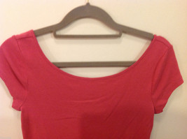 Ann Taylor 100% Cotton Crew Neck Pink Short sleeve Blouse Top, Size S image 3