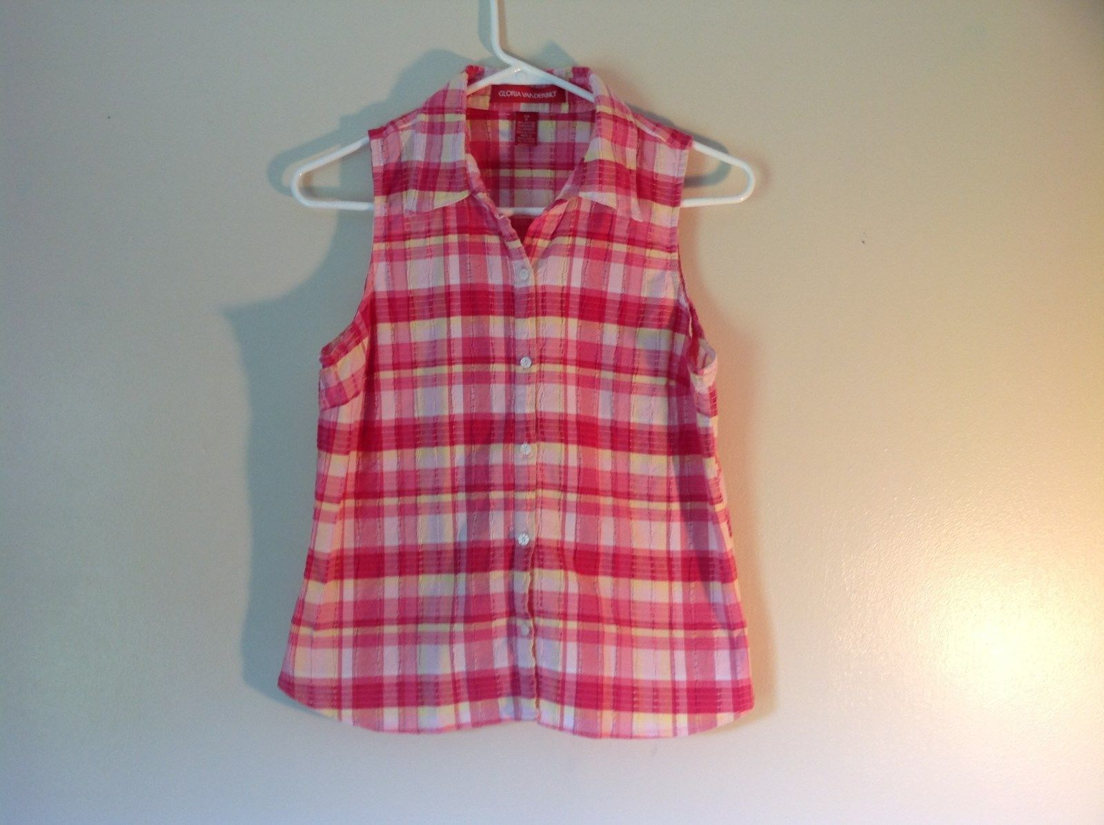 Pink Yellow Red Plaid Gloria Vanderbilt Sleeveless Button Down Blouse Size Small