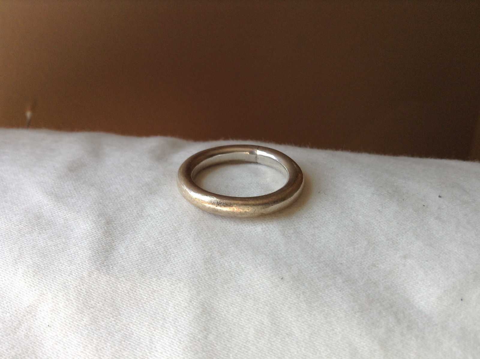 Plain Rounded Silver Ring Size 8