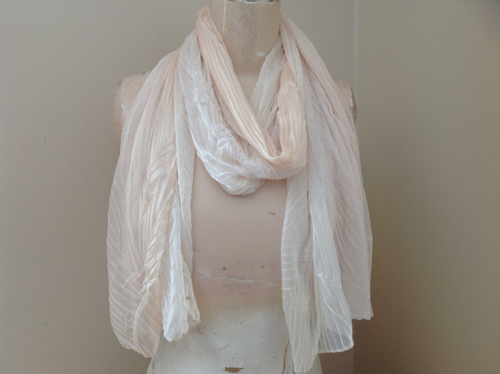 Pleated Cream White Scrunch Style Scarf NO TAG Length 68 Inches Width 24 Inches