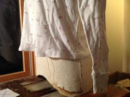 Northern Reflections White Flowery Pattern Long Sleeve Shirt Size Medium image 3