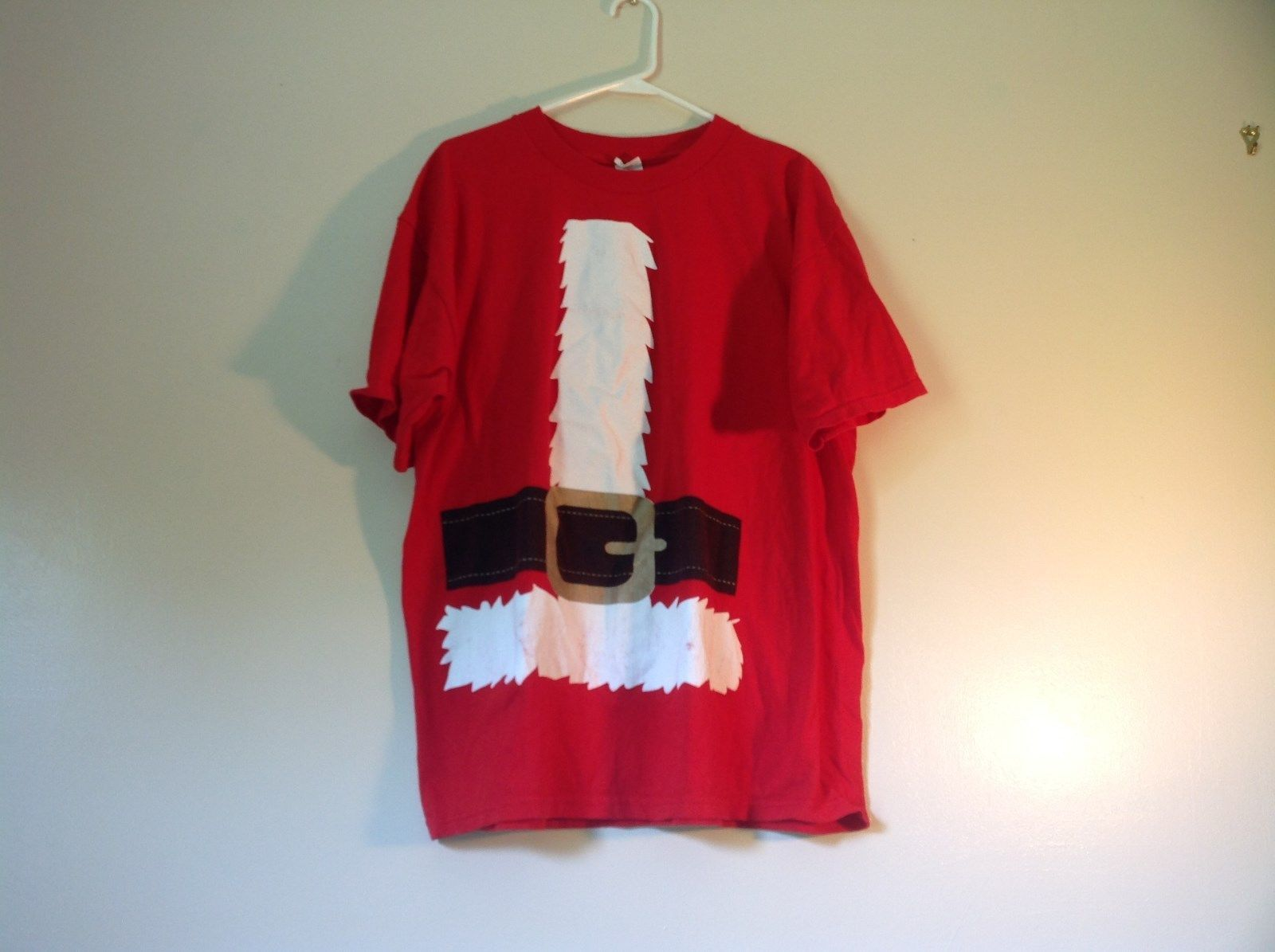 Red Santa Claus Short Sleeve 100 Percent Cotton Size XL T Shirt Alstyle Apparel
