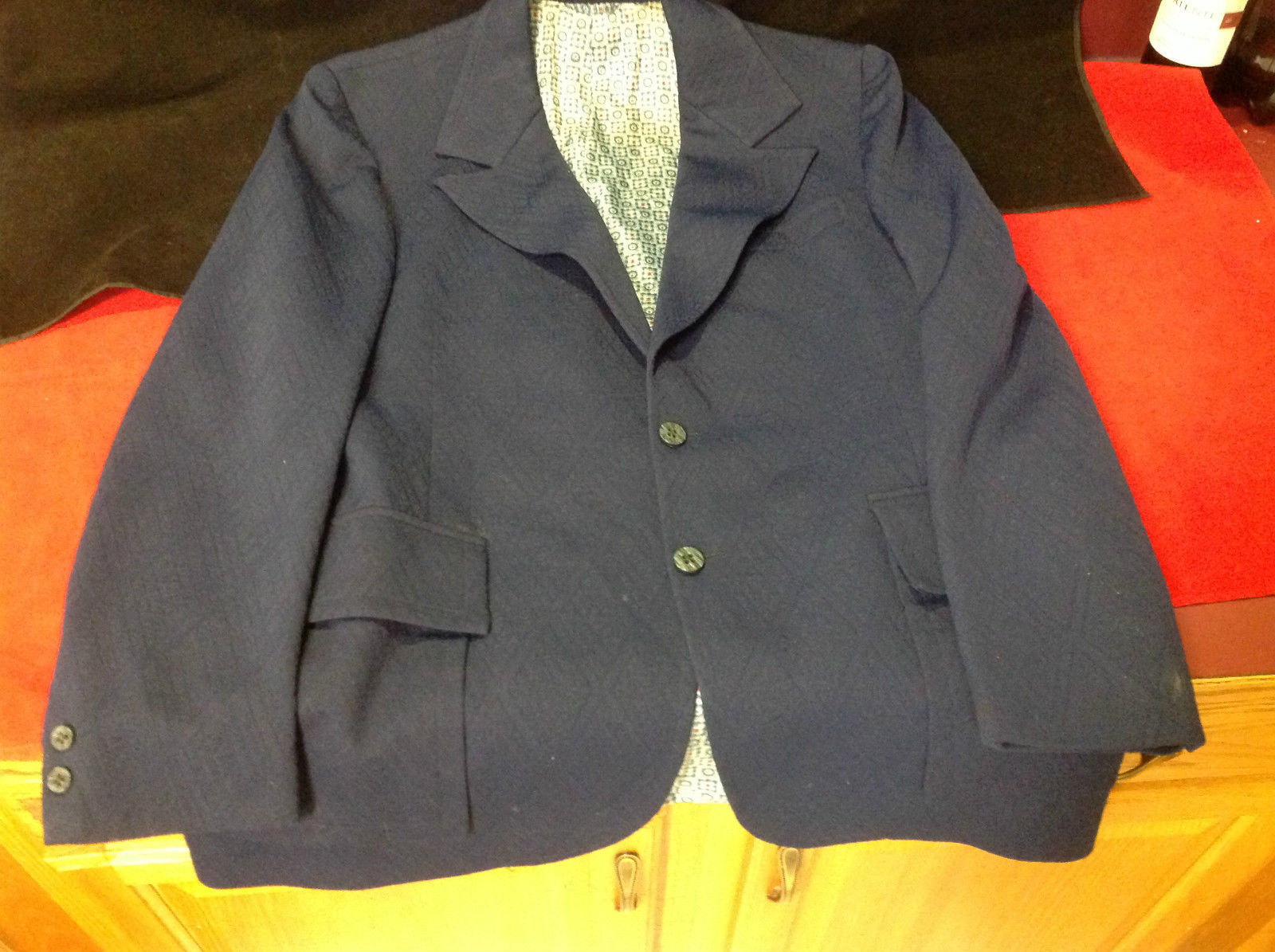 Pretty 2 Button Ladies Blue Blazer 24 Inch W 32 Inch L 27 Inch Arm 4 Inch Neck