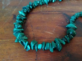Pretty Green 36 Inch Necklace Malachite Chip image 1