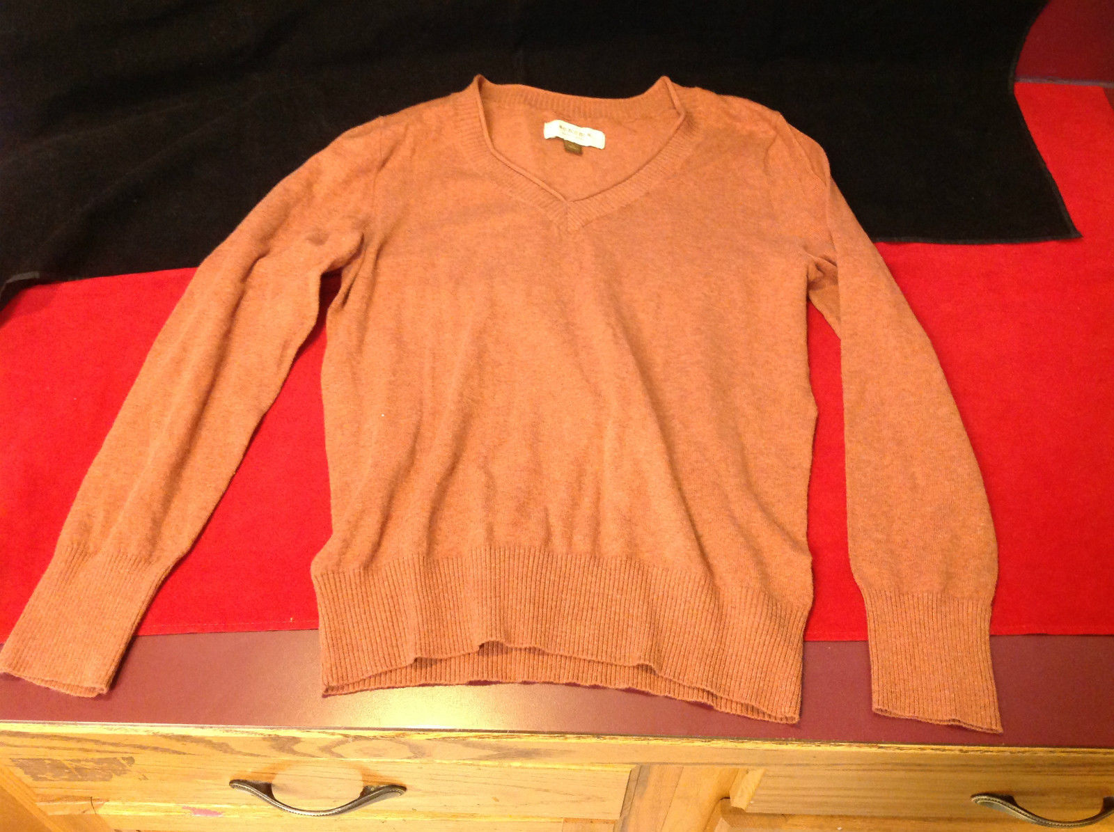 Pretty Orange Sonoma V-Neck Ladies Sweater Size Medium